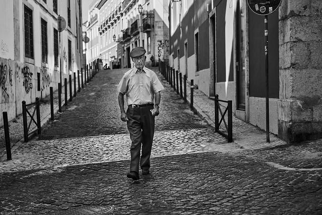Lissabon Gente de Lisboa 212 bw