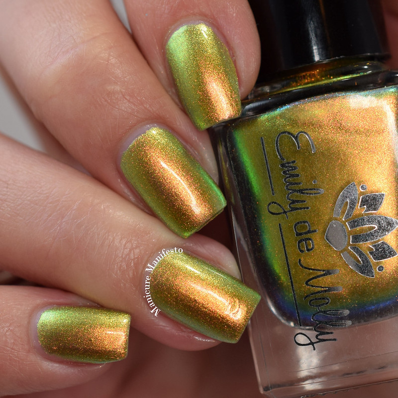 Emily De Molly Goddess Of Rays swatch