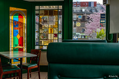 _DSF2244 - Dernier café offert par le patron. - Photo of Landigou