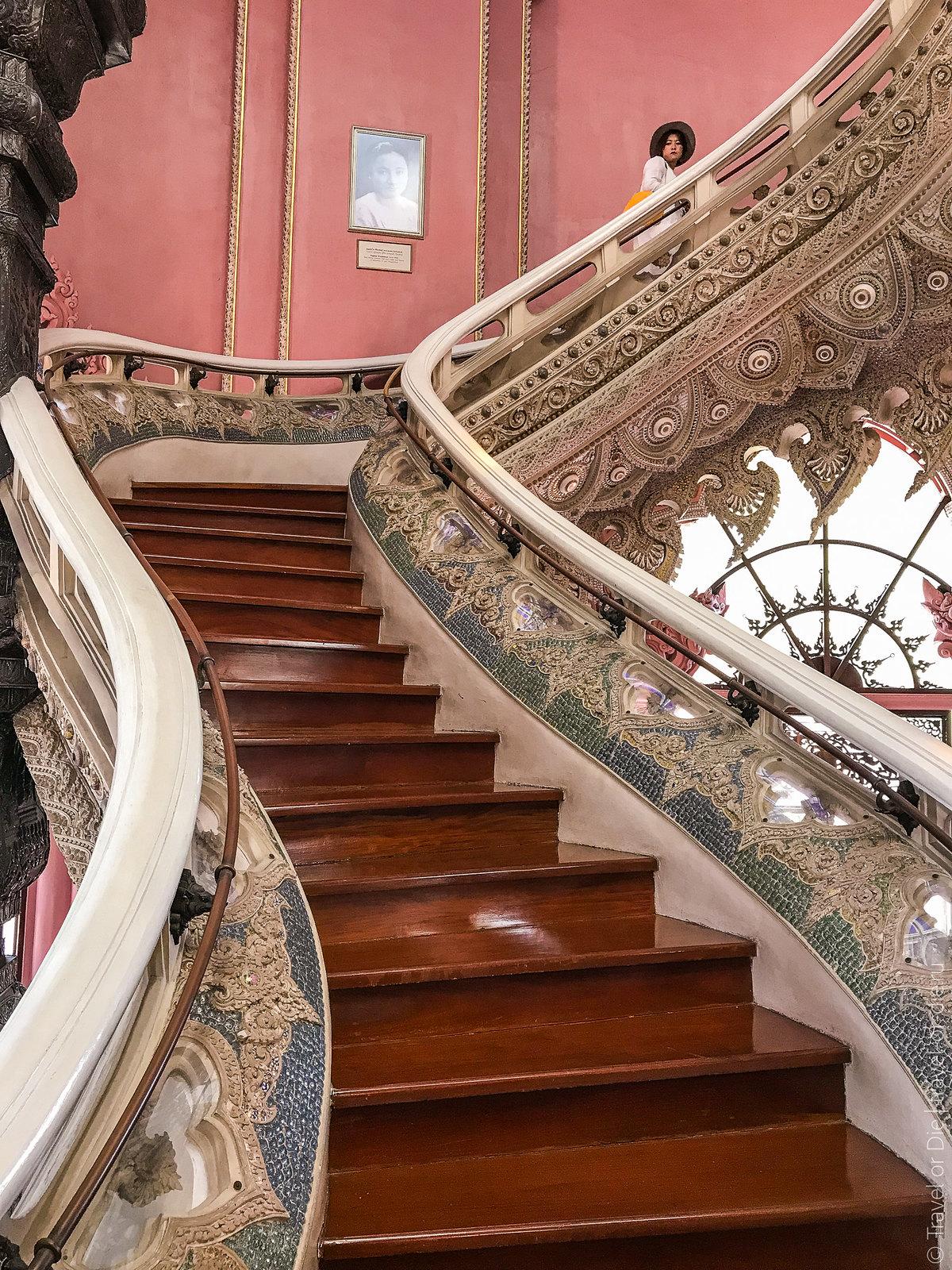 Erawan-Museum-Bangkok-iphone-9661