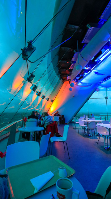 Inside Emirates Spinnaker Tower., Canon EOS 80D, Canon EF-S 10-18mm f/4.5-5.6 IS STM