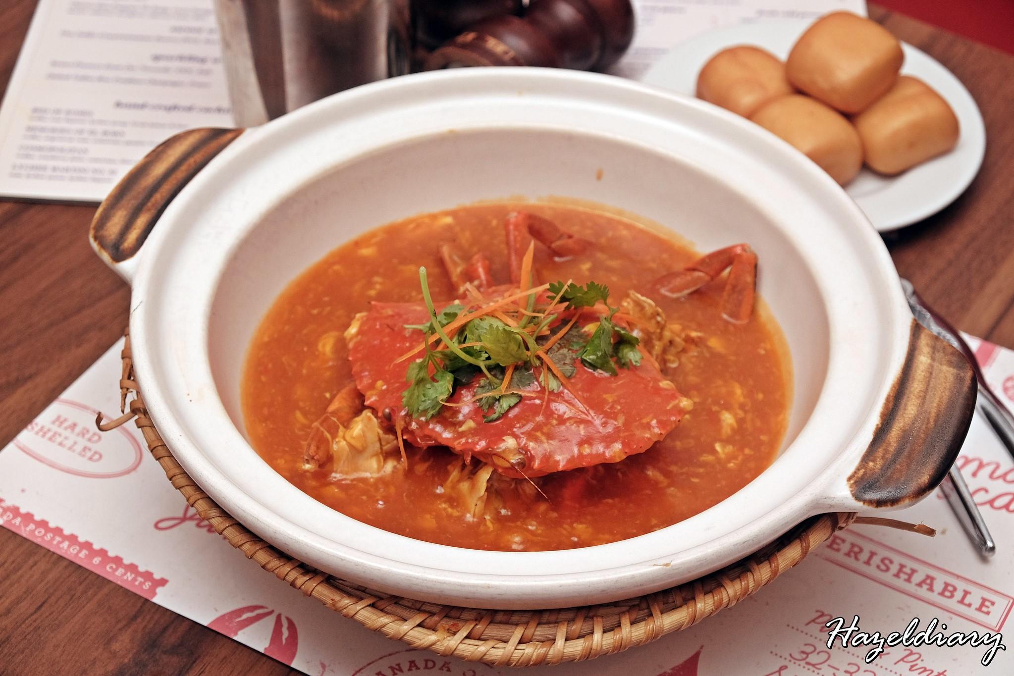 Pince & Pints Duxton Road-Whole Chilli Crab