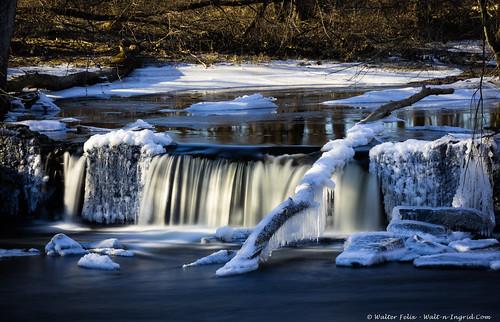 landscape winter waterfall ice northgrosvenordale connecticut unitedstatesofamerica us