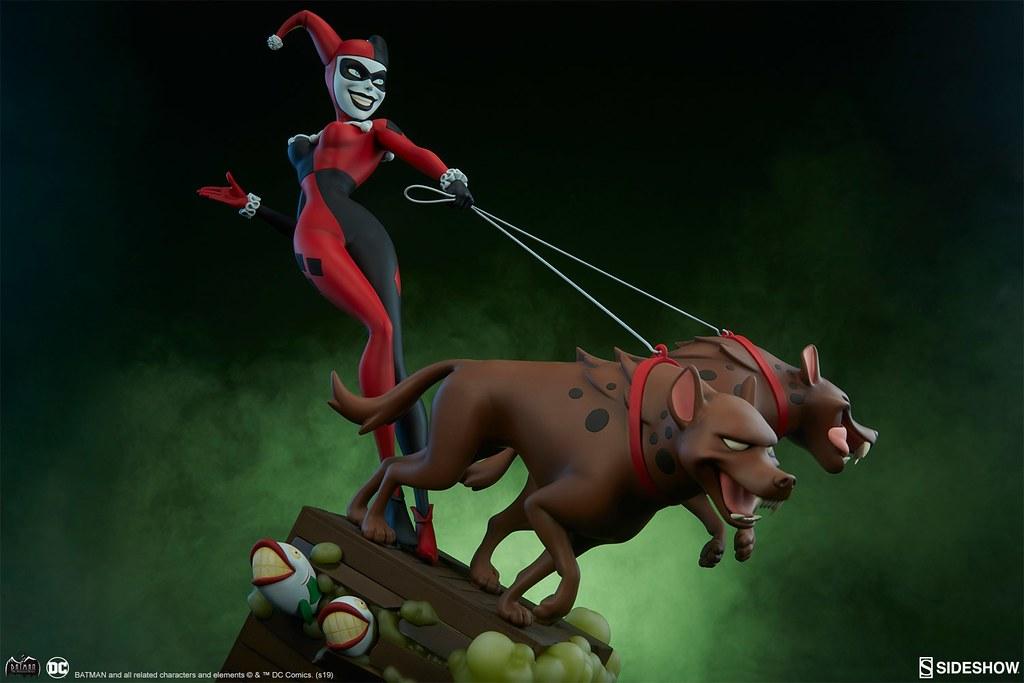 狗狗們等不及要咬人啦~ Sideshow Collectibles DC The Animated Series【哈莉·奎茵】Harley Quinn 全身雕像作品 普通版/EX版