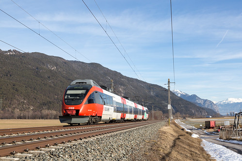 Oberhofen im Inntal | AT-7 (T - Tirol) | 06.02.2019 | ÖBB-4024 026-9 as train S2 Jenbach - Ötztal