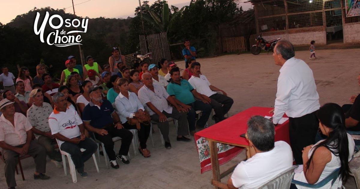 Reunión de trabajo en sitio El Tigre, parroquia Santa Rita