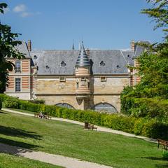 Château du marché - Coté Petit Jard