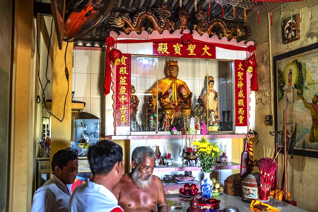 Shrine to Monkey King--Vinh Chau 2