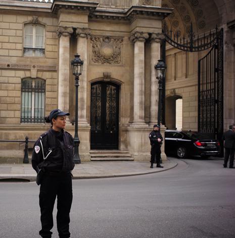 17c03 Entrada principal del Palacio del Elíseo 3 marzo 2017