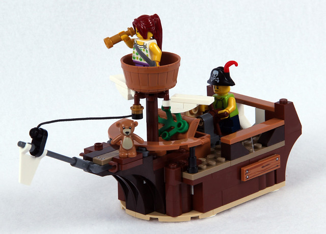 B Model Pirate Ship - Front