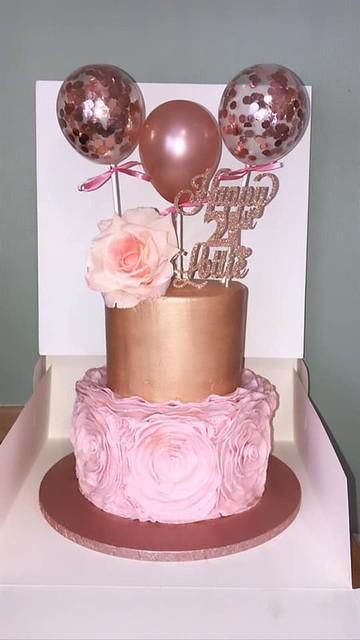 Cake by Danielle Vizor