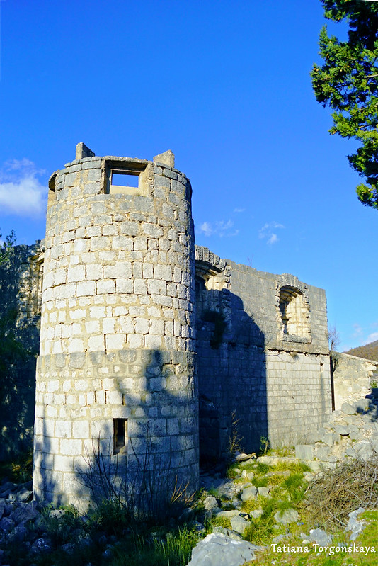 Башня Верхнего города, вид снаружи