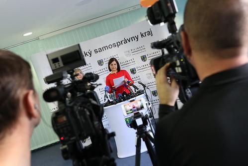 Tlačová konferencia k auditu zmlúv naŽSK