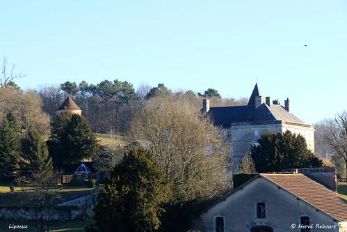 24 Ligueux - Château XVII