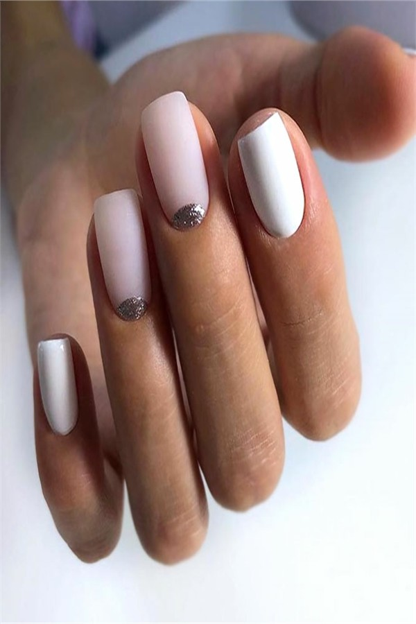 30+ Pretty Nude Nail Art Design Ideas 2019 #nail_art_designs #trendy_nails #nude_nails