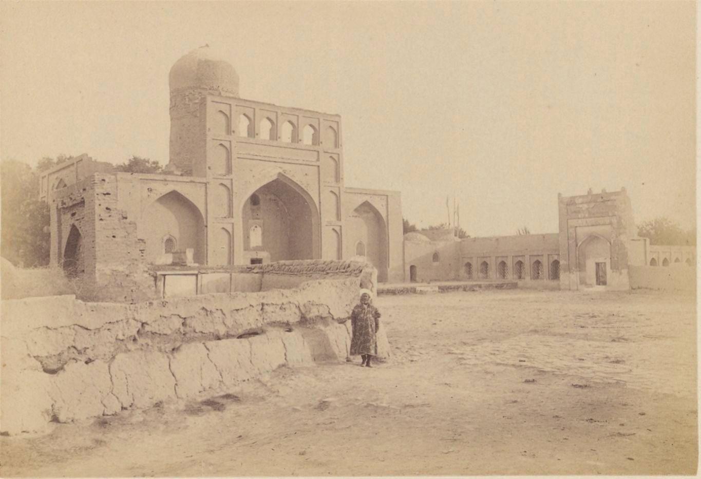 10. Кермин. Мечеть