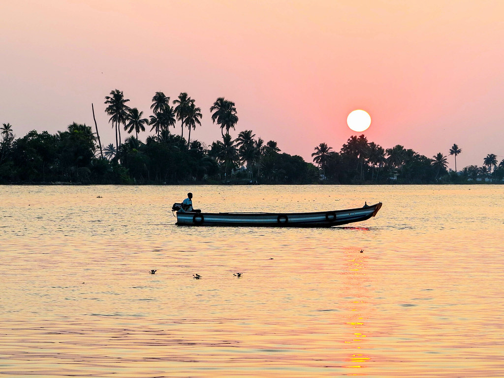 Atardecer en las backwaters