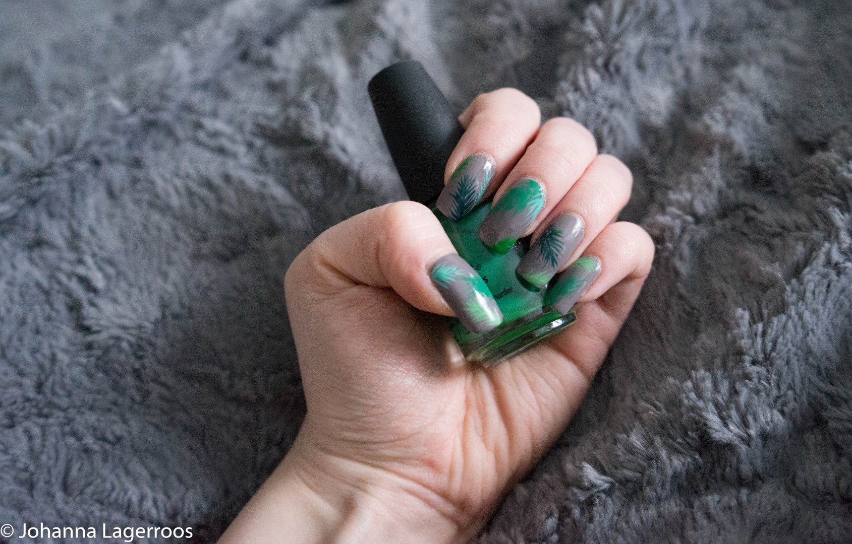 chin glaze greens