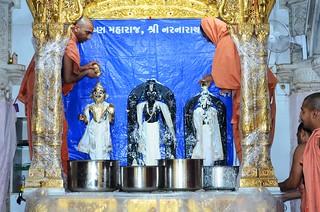 Bhuj 152 Harikrishna Maharaj Patotsav
