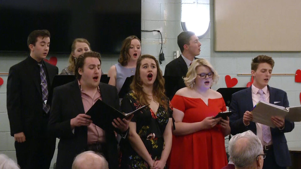 Broadway Musical Review Raises Over $4,000 for Choral Scholarships