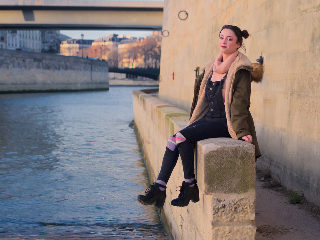 related image - Shooting Casual Kuroe - Bords de Seine - Paris -2018-12-17- P1444547