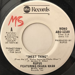 RUFUS FEATURING CHAKA KHAN:SWEET THING(LABEL SIDE-B)