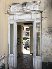 Saint-Ouen : Entrance