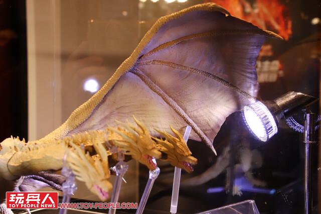 全新系列「GUNDAM UNIVERSE」公開!S.H.MonsterArts 哥吉拉、王者基多拉 實體揭露!!【TAMASHII NATIONS 2019 新品發表會】現場報導