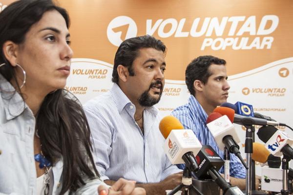 """Ministério Público venezuelano liga assessor de Guaidó preso a """"célula terrorista"""""""