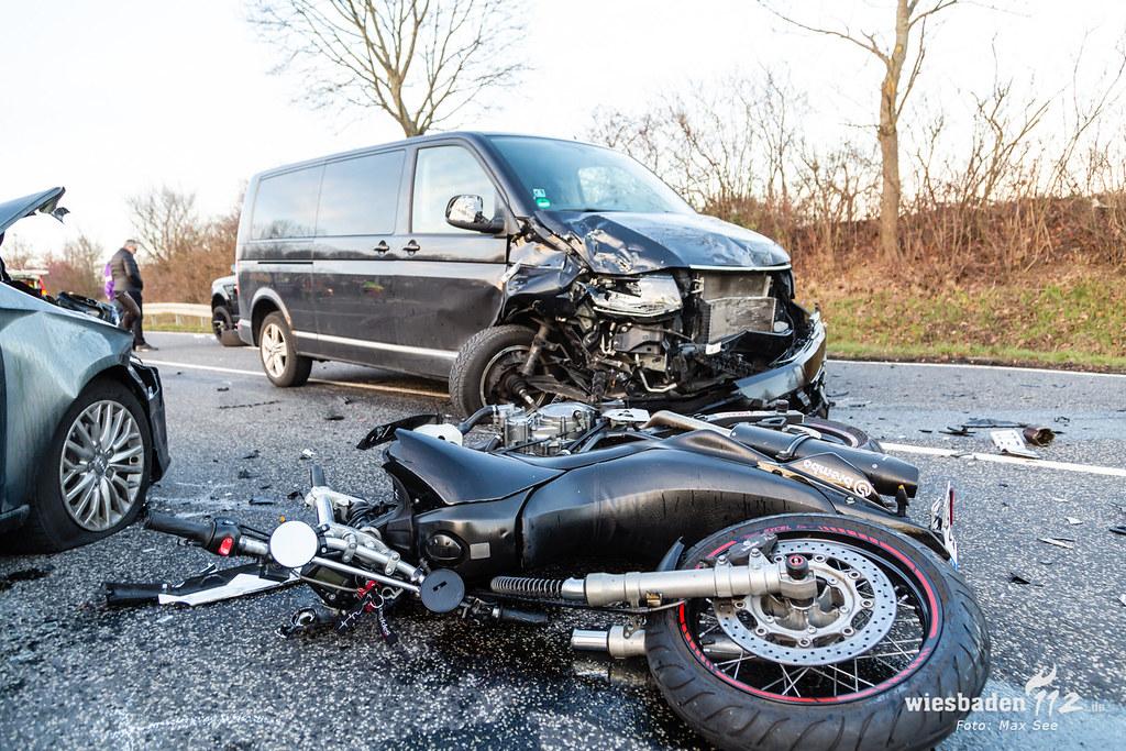 Schwerer Motorrad VU Kelkheim 19.01.2019