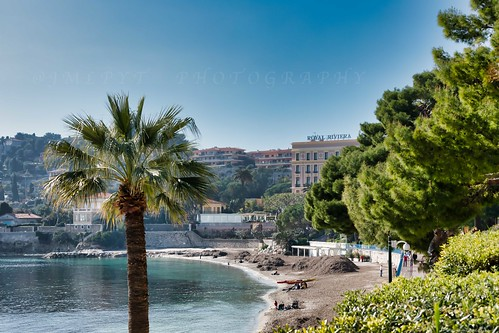 Hôtel Royal Riviera vu depuis Beaulieu-Sur-Mer - Côte d'Azur France -3D0A4825