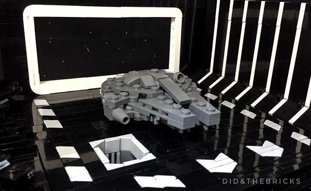 LEGO Millenium Falcon Death Star Tractor Beam
