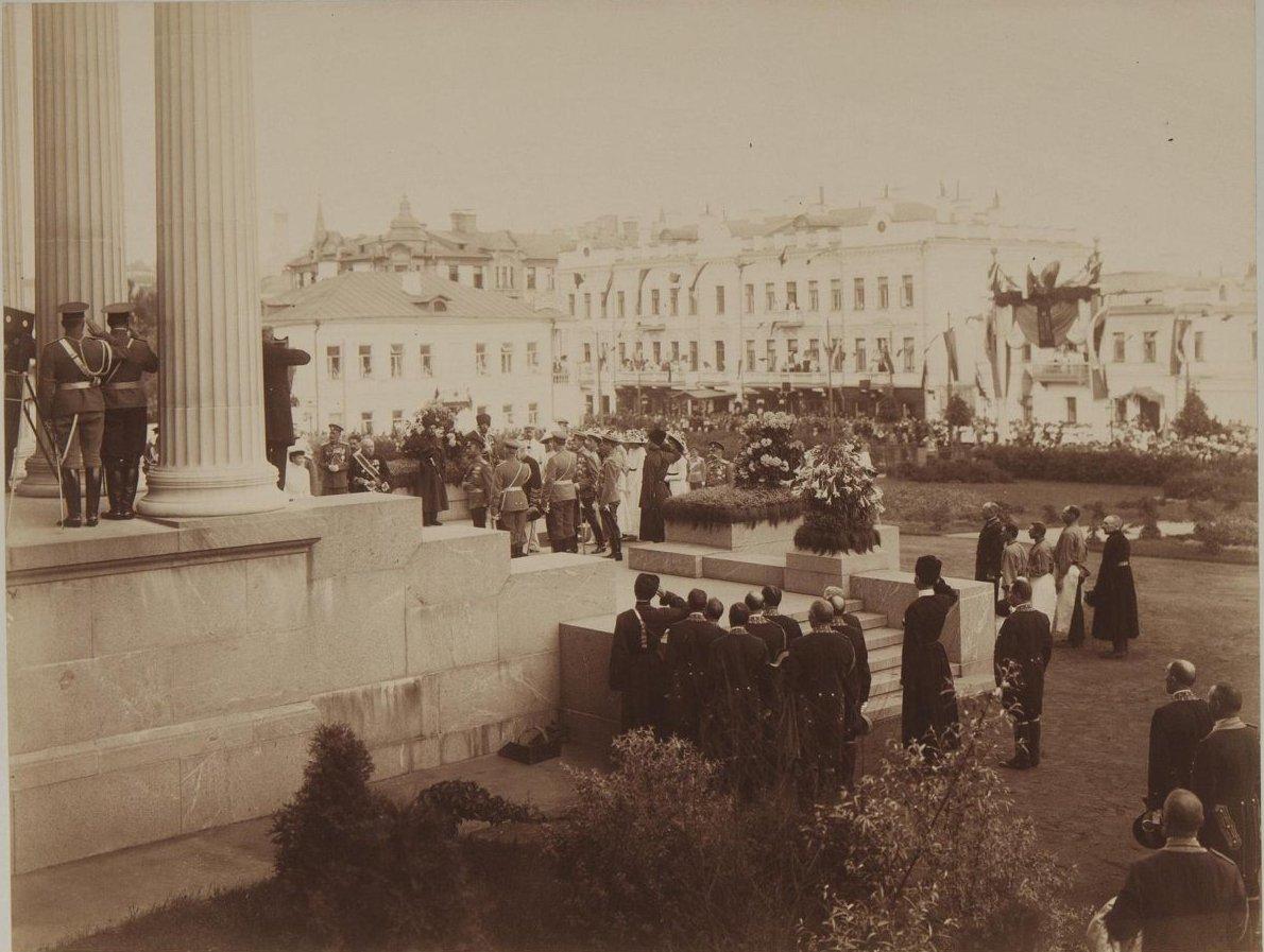 1912. Торжественное открытие музея изящных искусств имени императора Александра III в присутствии императорской семьи