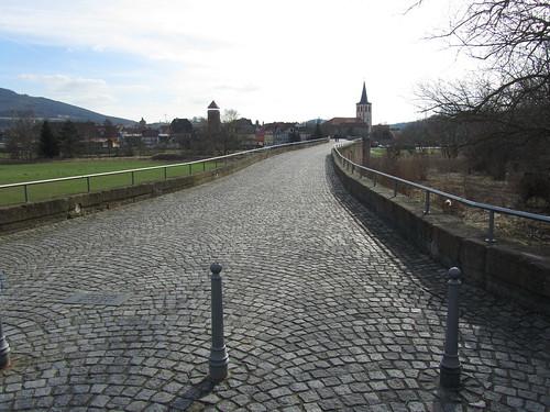 20110323 0210 416 Jakobus Vacha Brücke Türme Kirche