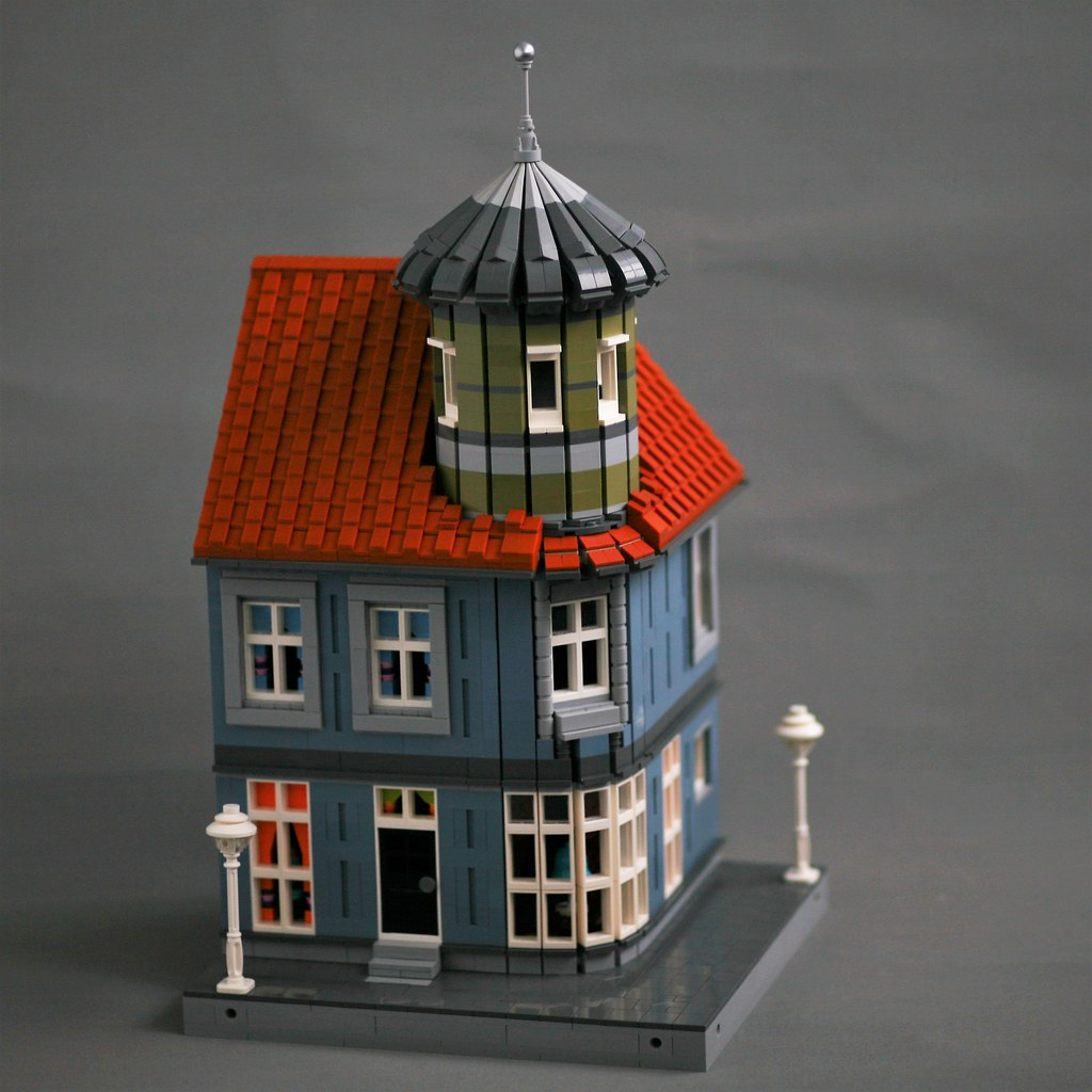 [MOC] Corner Tower House