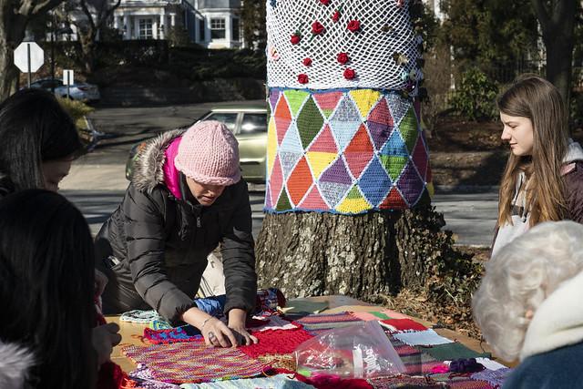 MAM Yarn Bomb installation slideshow