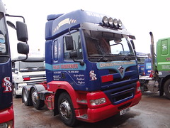 Beaker63 posted a photo:	L 33 SRS (05)  -  Foden Alpha 3000 420 6x2 (XL)