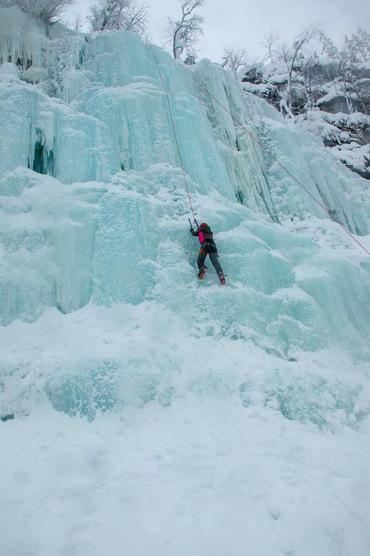 Finland-korouoma-ice-climbing-7