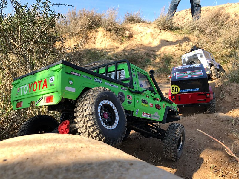 Toyota LC70 SCX10 II 46218596765_344145e306_c