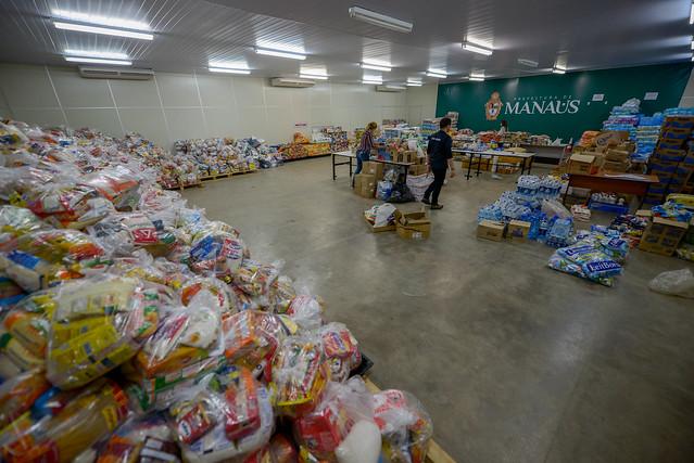 03.01.19 Entrega de donativos arrecadados no Réveillon