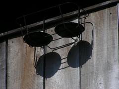 20080521 26778 Flavigny Holz Kreis schwarz Blumenampel - Photo of Gissey-sous-Flavigny