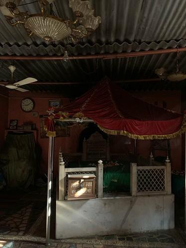 City Faith - Hazrat Shah Turkman Bayabani's Sufi Shrine, Old Delhi