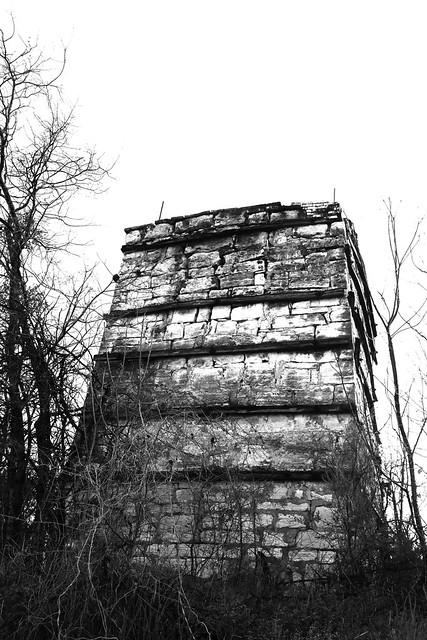 tower_of_doom_mono_5Div4873