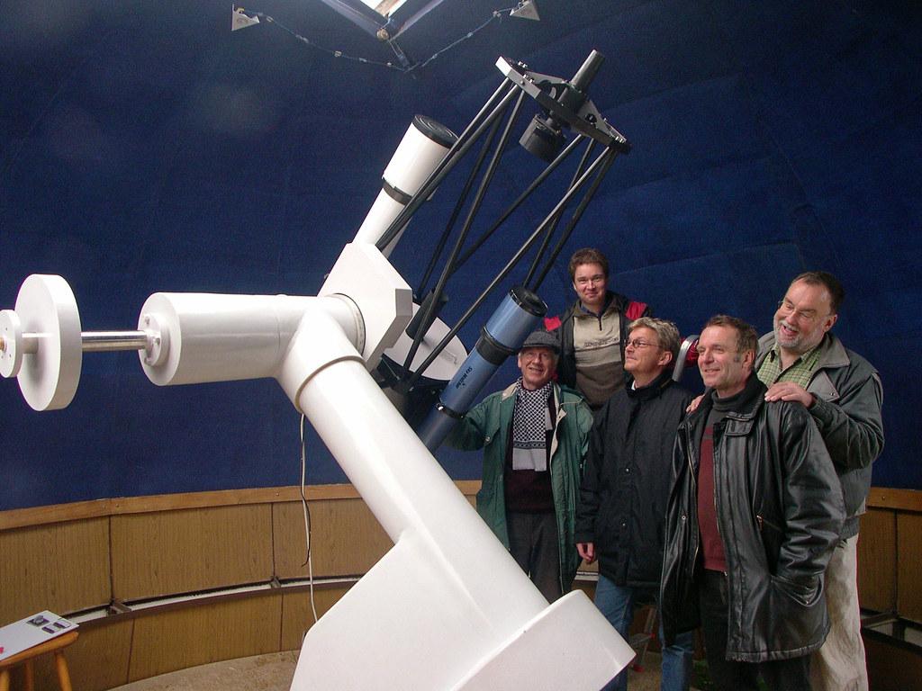 Neue Sternwarte-Montierung (April 2004)