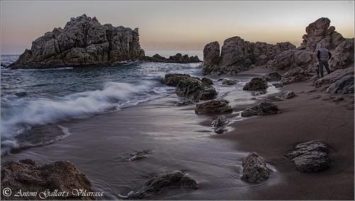 El fotograf solitari.  (Roca Grossa - Calella - Catalunya).