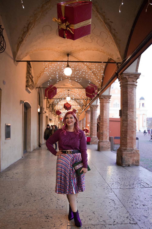 Outfit plus size, curvy, glitter, lamè e viola per Capodanno (7)
