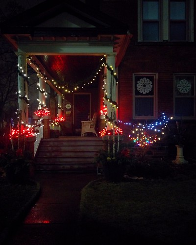 Corner #toronto #pacificave #highparknorth #christmas #decorations #lights
