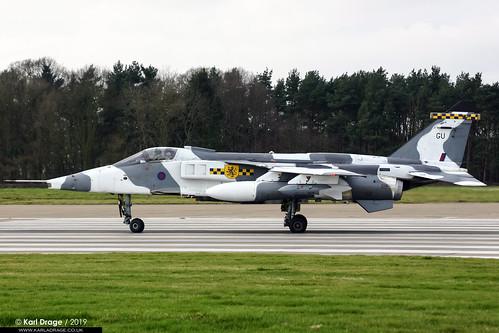 XX725/GU - Sepecat Jaguar GR3A - No. 54(F) Squadron, RAF