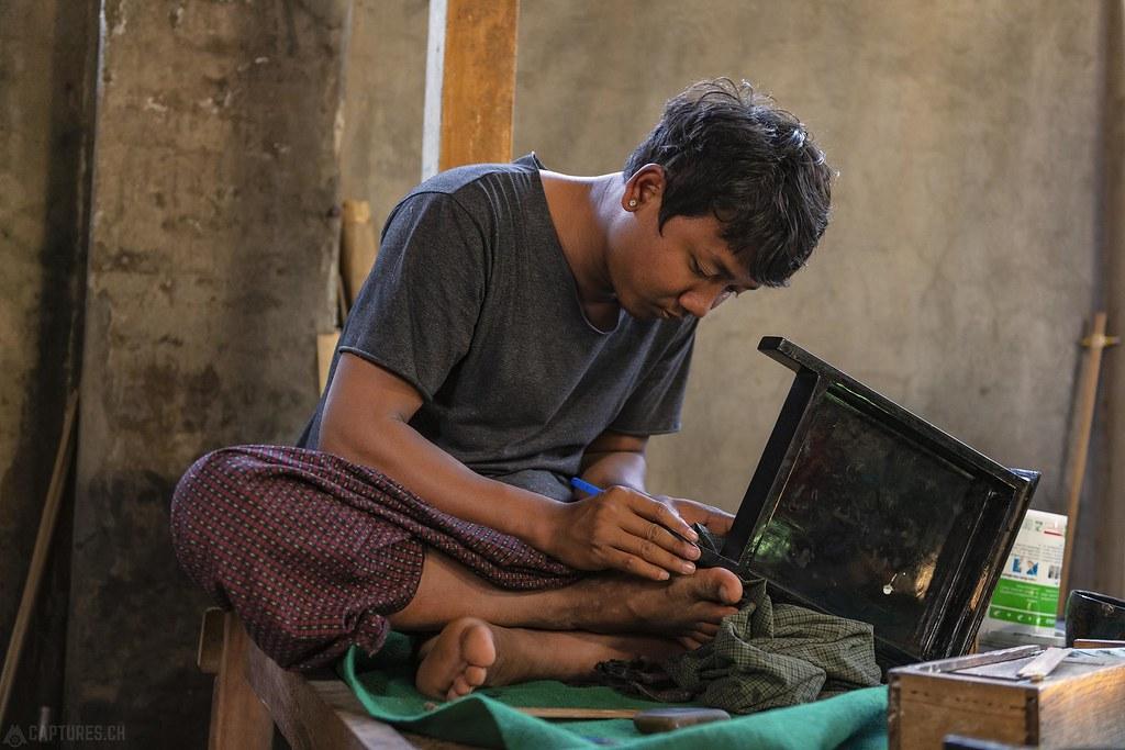 Man handowrking - Bagan