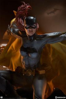 從天而降的躍動姿態!! Sideshow Collectibles Premium Format Figure DC Comics【蝙蝠女】Batgirl 1/4 比例全身雕像作品